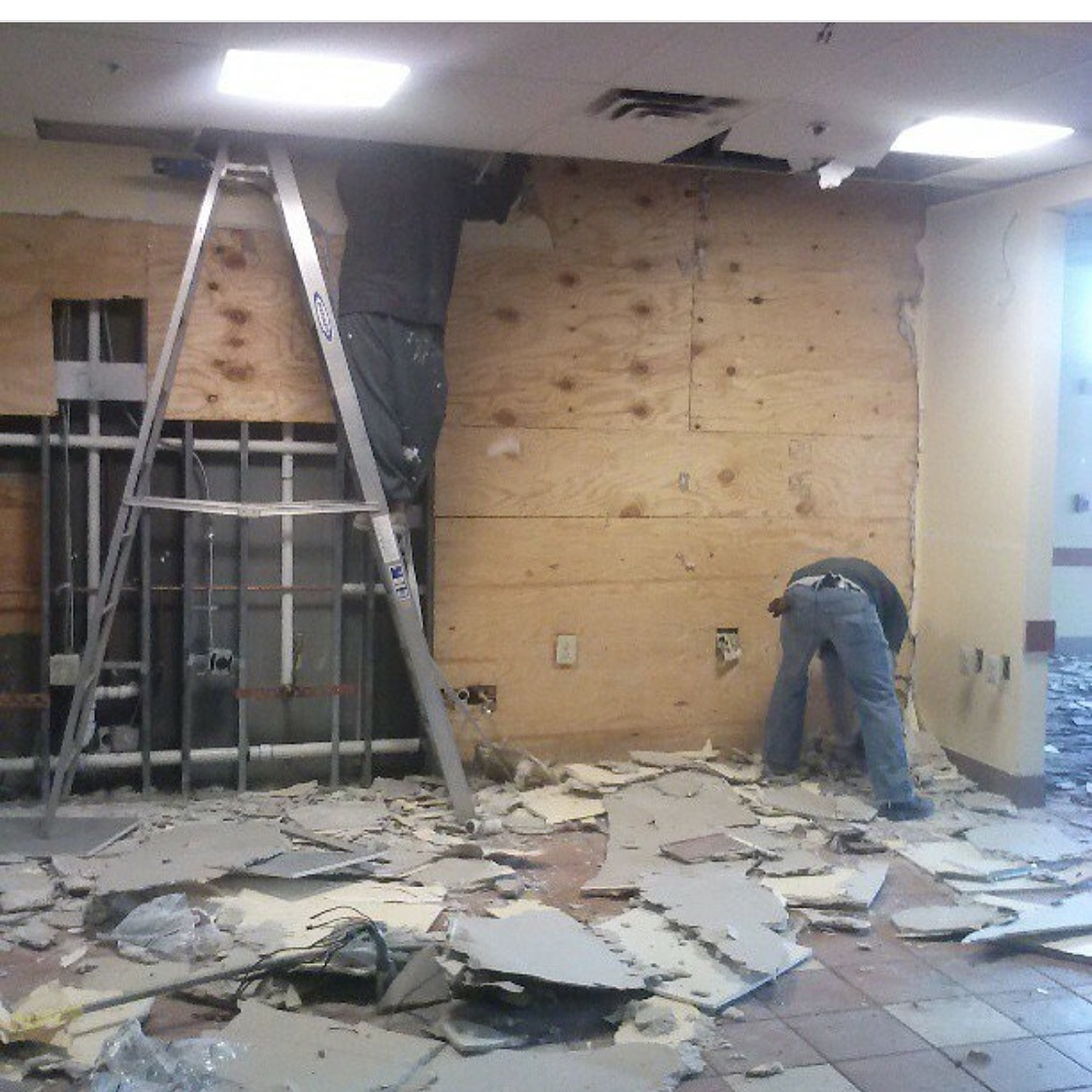 demo, demolition, philadelphia, new jersey, clean outs, cleaning, commercial, residential
