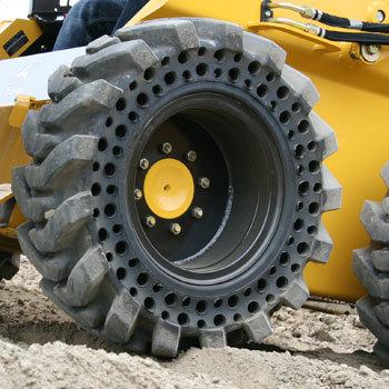 Solid Tires / Flat proof Tires / Brawler / solideal / solidflex / solidtwin / Camso / bridgestone / Primex / Maxam / Galaxy