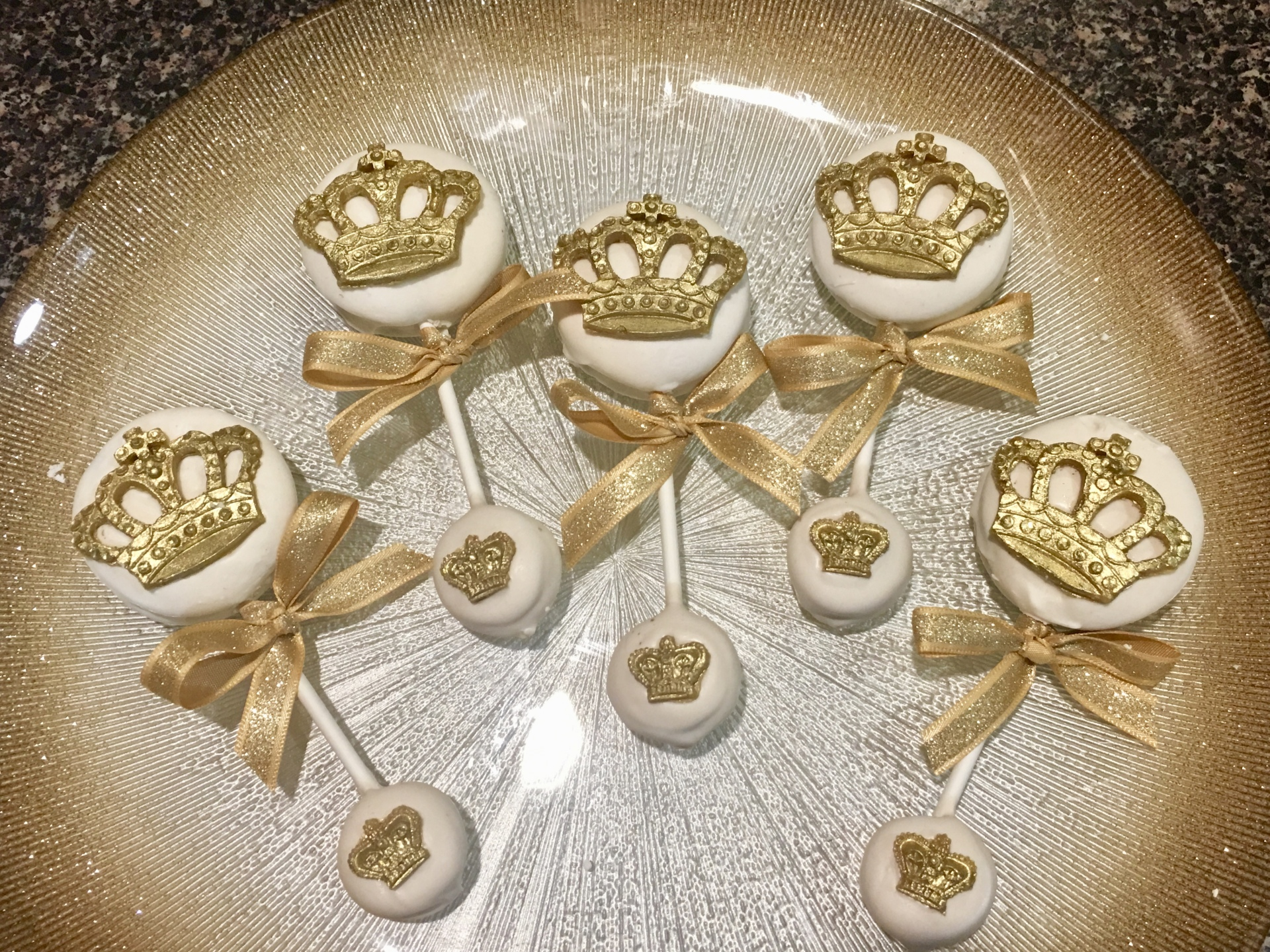 Ivory and Gold Crown Rattle Chocolate Covered Oreos