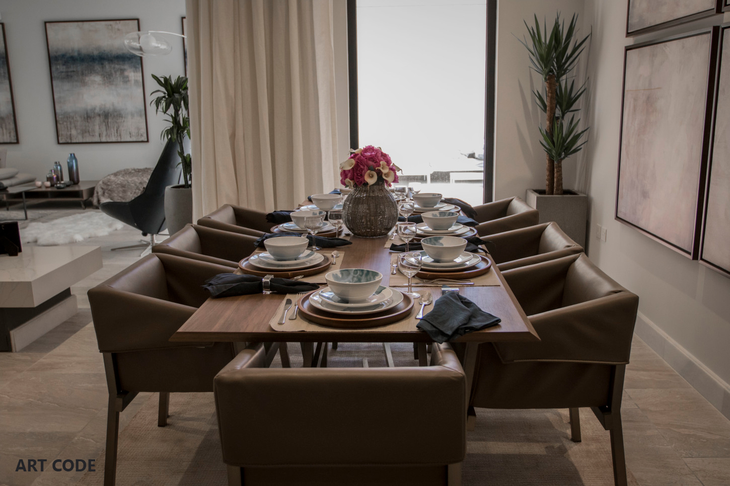 FAMILY DINING AREA (4)