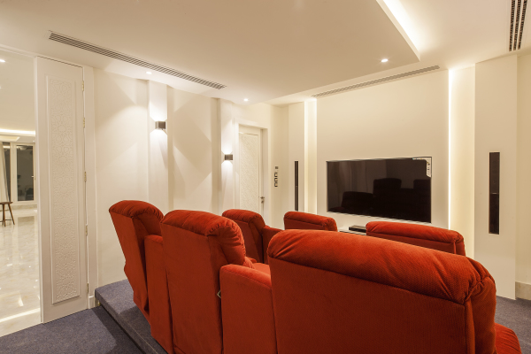 CINEMA ROOM (1)