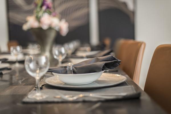 DINING AREA (4)