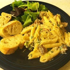 Penne Pasta with Bacon and Cream Sauce