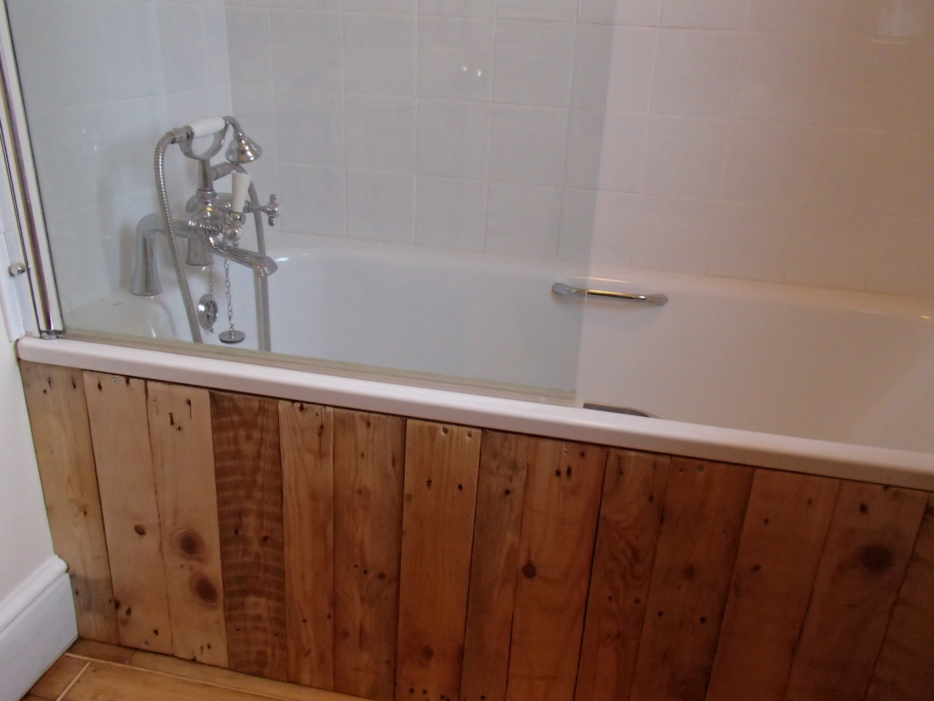 Bathroom Fitter, Pallet Wood, Templecombe