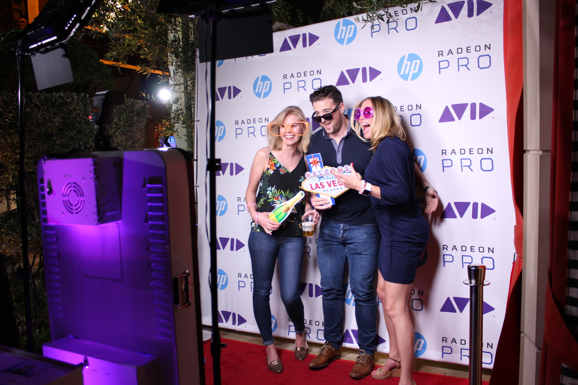 Las Vegas Photo Booths for Rent - Step & Repeat