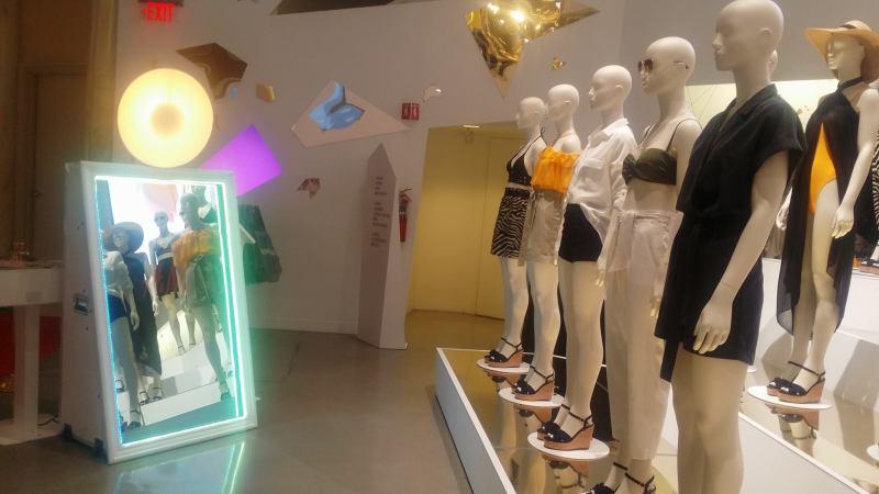 Magic Selfie Mirror Photo Booth Las Vegas Phoenix San Diego Los Angles Scottsdale