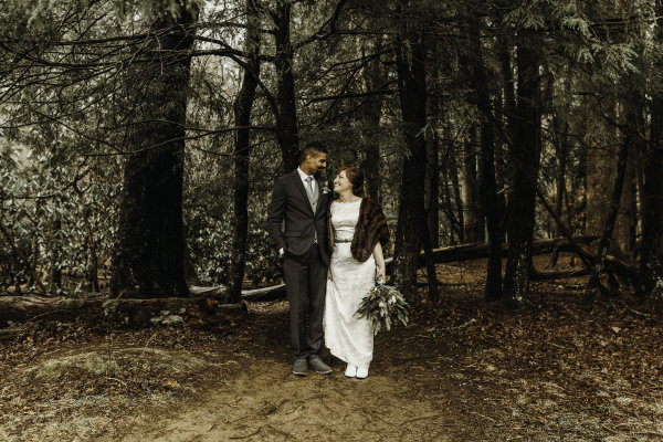 Cave- Cove-in-Gatlingburg-Elopement