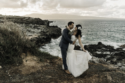 Beach-Elopement-Packages-in-North-Carolina-South-Carolina-Hawaii