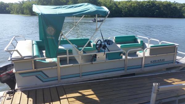 Used Pontoon Lake Bloomington Hudson