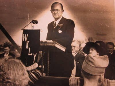 Ty Cobb Opens Hospital in Royston, Georgia in 1950
