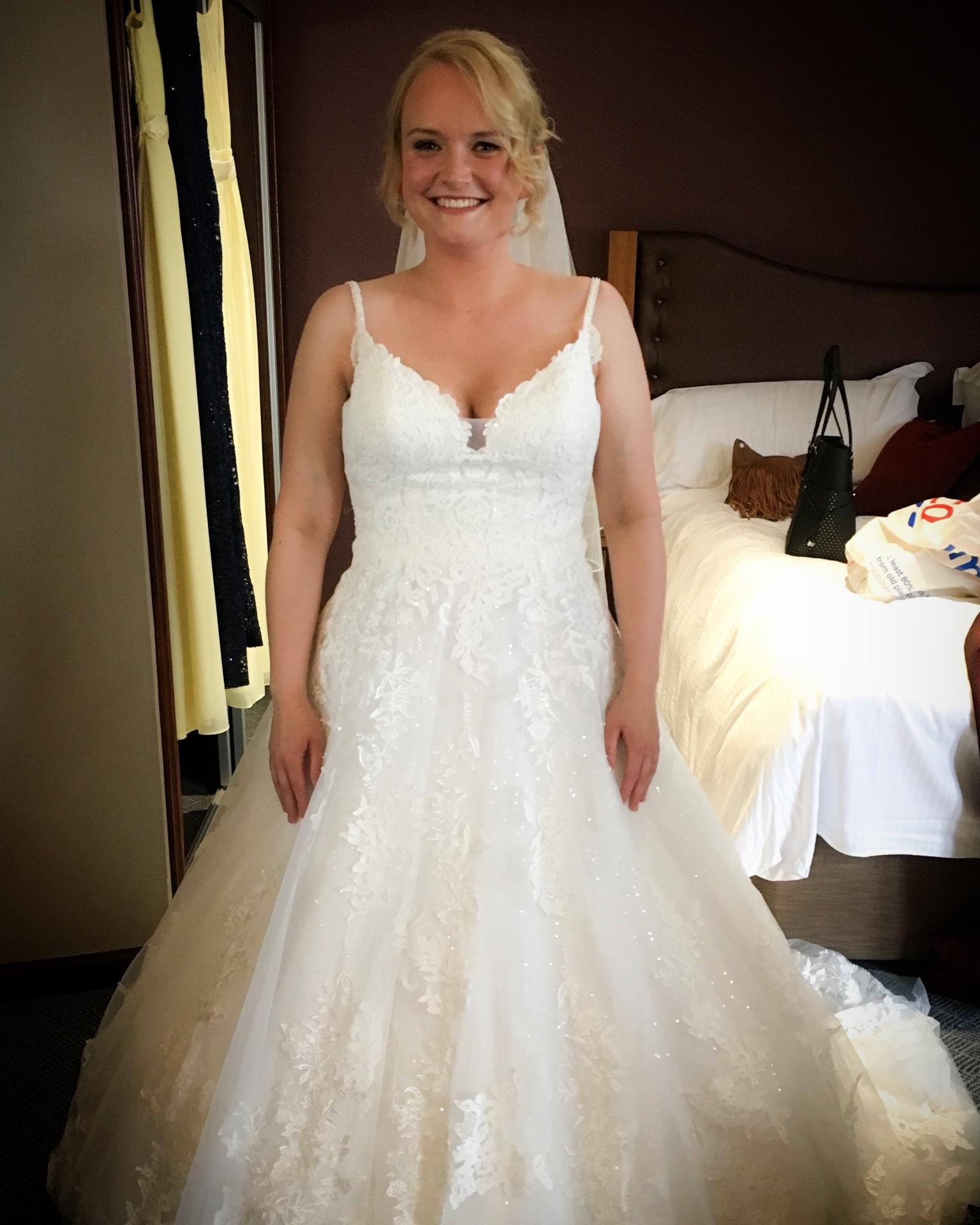 Beautiful Bride Lizanne