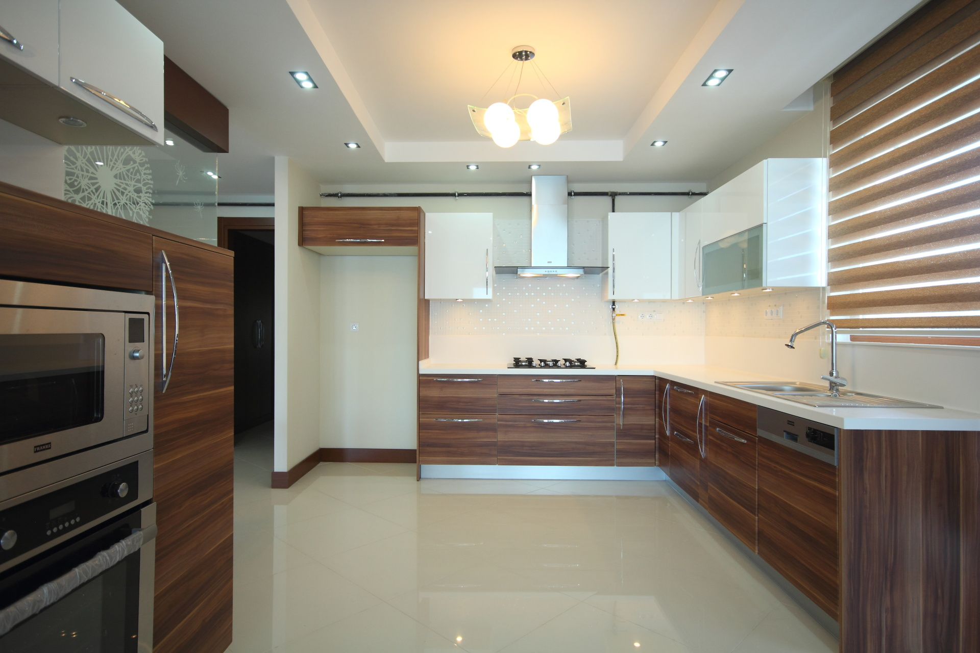 Open style kitchen Landsons.co.uk