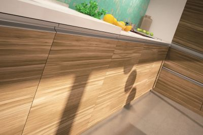 Modern-kitchen-material – chipboard veneered with satin walnut / oak (horizontal grain)