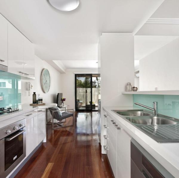 Kitchen units, modern and gourmet, fitted kitchen designs, torquay, Torbay, Devon
