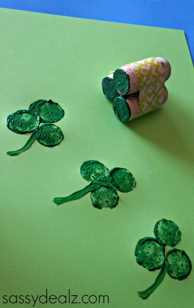 shamrock-wine-cork-crafts-647x1024