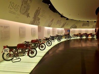 """Am vizitat muzeul Ducati! Călătorie prin istoria """"glonţului din Bologna"""""""