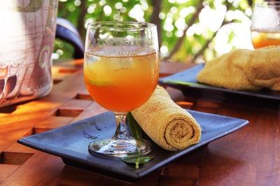 Refresco de toronja, mandarina y limón.