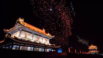 1374 drones rompen record en China y tumban a Intel