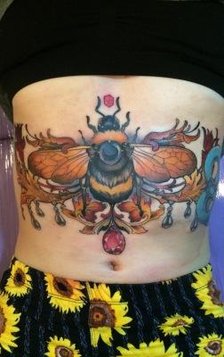 bumblebee, tattoo, underboobtattoo, sternum tattoo, artnouveautattoo, artnouveau, neotraditional