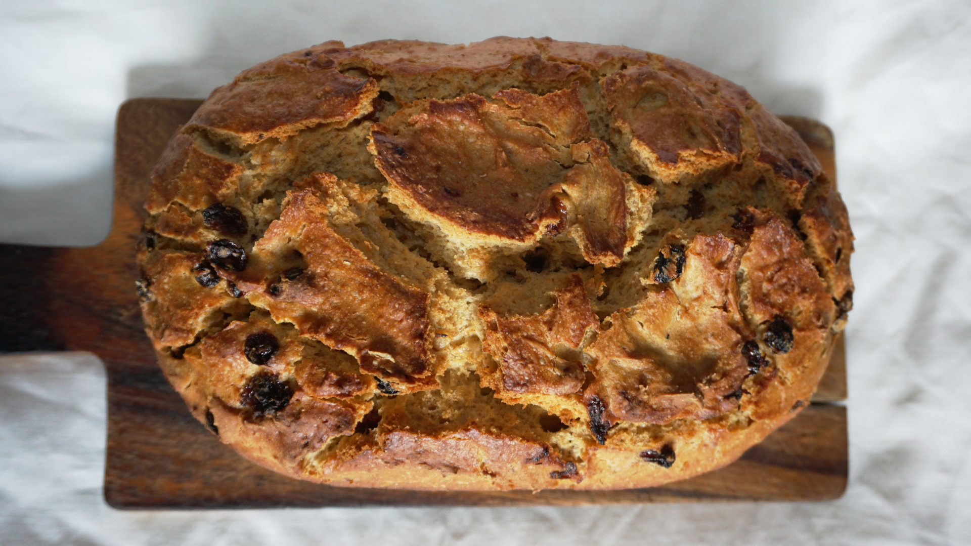 Bee Pollen Sourdough Bread with Raisins