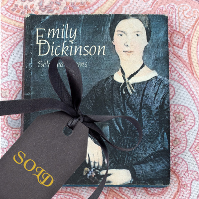 Emily Dickinson ∙ Selected Poems ∙ Miniature Book