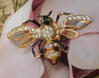 1940s CoroCraft Bee Clip $81 Click image for link to Etsy shop