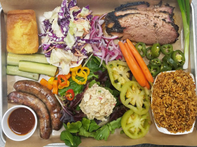 ​2 Meat Combination Tray - Choice of 2 meats: pulled portk, spare ribs, chicken  ​or sausage, with 2 sides of your choice, ​1 cornbread.​​