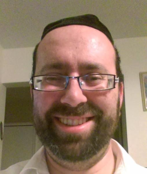 Rabbi Avromi Apt
