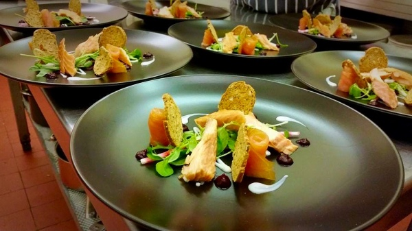 Mash Tun Hot and Cold Smoked Salmon Salad with Walkers Oatcakes
