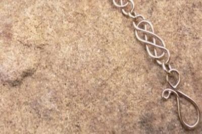 Classic Celtic Bracelet in Gold