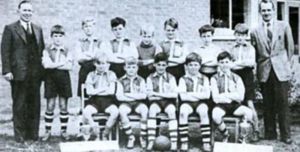 William Lee football team double winners 1959/60 - Back Row: Headteacher (Mr Jackson), A. Clifton, M. Jarvis, J. Shields, D. Sams, R. Keightly, D. Yates, J. Grantham, Sportsmaster (Mr Anderson) Front Row: P. Macmillan, G. Pepper, N. Magee, D. Burbidge, M. Hole.