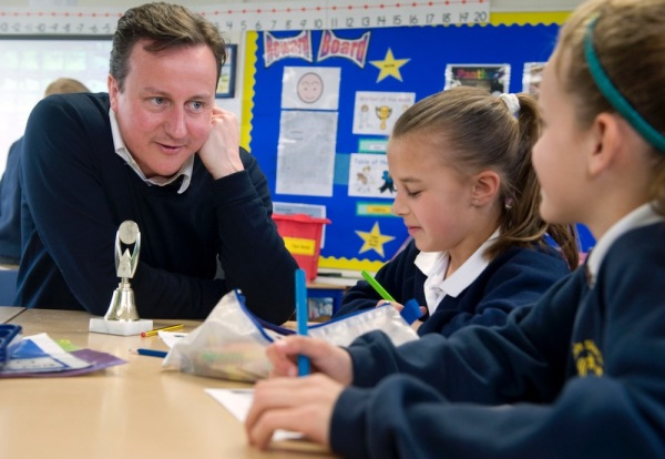 2010 David Cameron visits Sir John Sherbrooke school