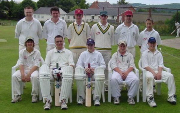 2001 2nd XI -  Back Row: Aussie lad ? , Jame Cairney, Matthew Rankin, Dan Holloway, Peter Wright, Matthew Wright - Front Row: Eddie Lee, Pete Wood, Rich Lee, Callum Jayes, Ian Wright.