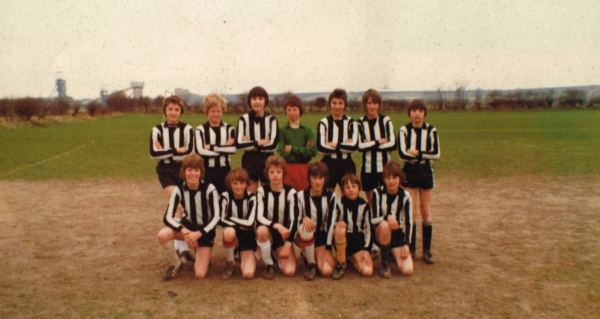 Barry Ward's Under-14 team 1979 - Back row: Left to Right - Craig Heath, Mick Fell, Andy Melaugh, Richard Atkin,  Simon Scothorne, Andy Singleton, Troy Pope Front row: Left to Right - Tim Williamson, Rob Williams, Richard Ward, Michael Dixon, John Truman, John Williams.