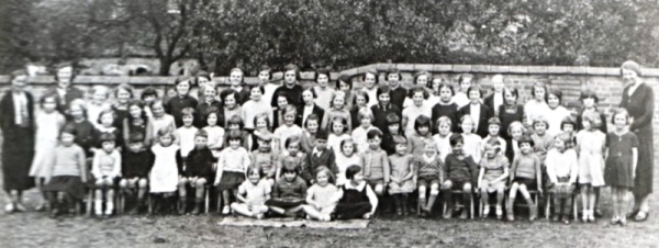 Girls school 1934 - The teachers are (from left to right): Miss Bilton (taught Middle Class), Miss Hawton (Infants) and Mrs Holloway (Headmistress, Top Class).