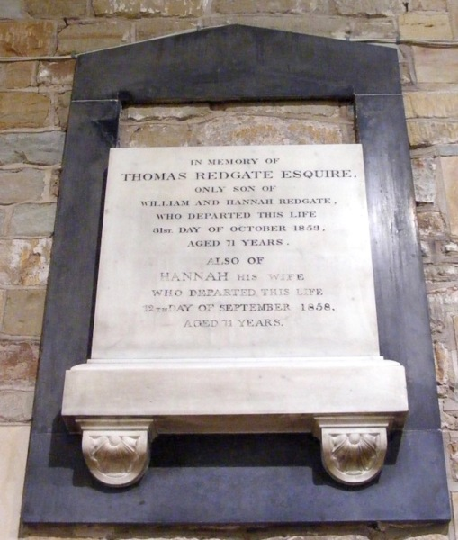 Monument remembering Thomas and Hannah Redgate