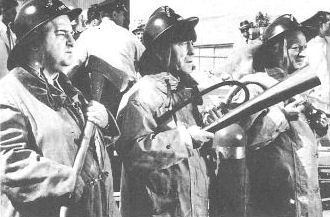 The Three Stooges (Moe Howard, Larry Fine, Joe De Rita) ... Firemen