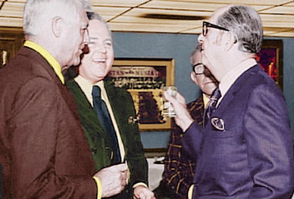 Phil holds court with Cary Grant, Carroll O'Connor and George Burns.......imagine that!