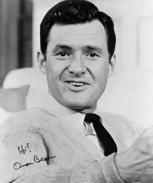 Private Wally Gunther - Played by Orson Bean