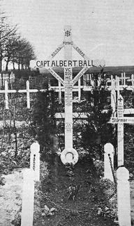 Middle cross was erected in December 1918. It was made and put up by personnel of the Number 207 Squadron of the Royal Air Force.