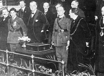 19th December 1916 - At the Nottingham Albert Hall - A presentation to Albert of a silver rose bowl from the people of Lenton.