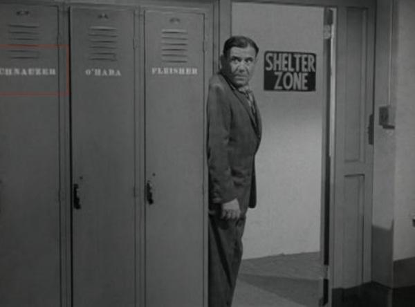 Schnauser locker with a Z!