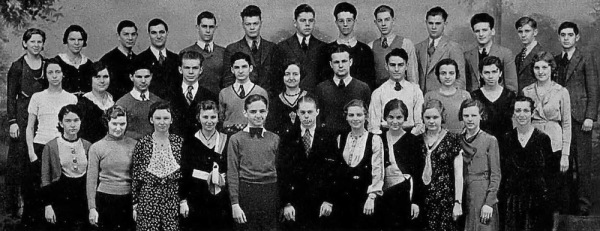 Washington High School 1932: Nat back row, 3rd furthest right.