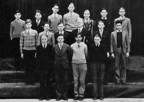 Washington High School 1929: Nat Top row, 1st from the left.