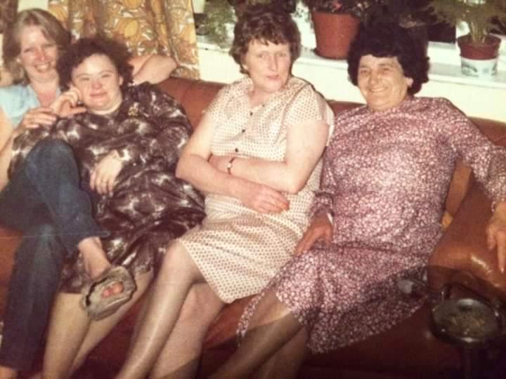 Carol Lambley, Shirley Fearn, Jean Lambley and Mrs Fearn seem to be having a cracking laugh!