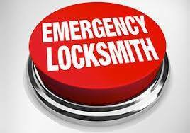 Locked out of your Semi?  Emergency Locksmith Service