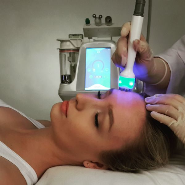 Radio Frequency Facial - Aqua Glow
