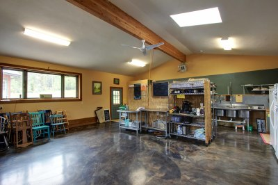 Dining Hall & Commercial Kitchen