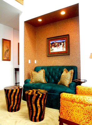 Sitting Alcove in Family Room