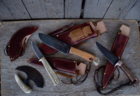 Hunting set including an ulu